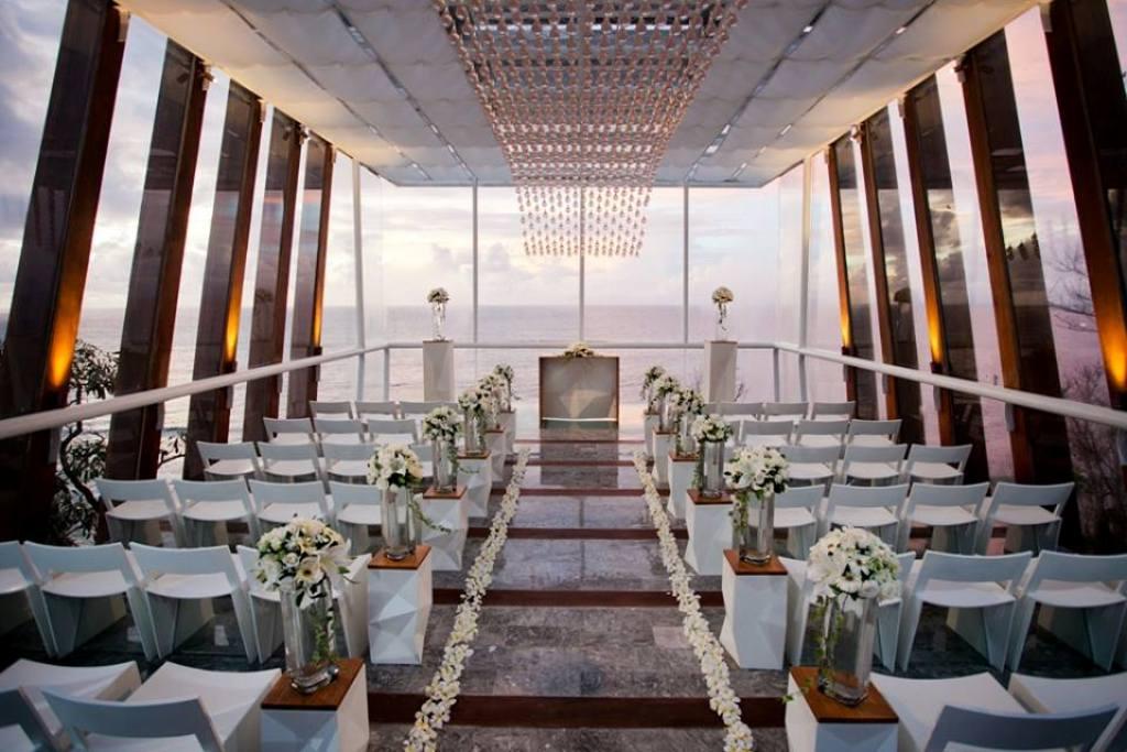 Dewa dewi chapel bali home wedding for Indoor wedding venues washington state